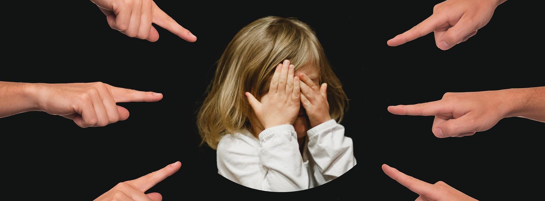 Pesten en mishandelen